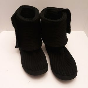 PREOWNED KNITTED UGGS